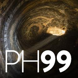 Imagen que proyecta la luz solar en el interior de la cueva 6 de Risco Caído (Gran Canaria) | foto Nacho González Oramas